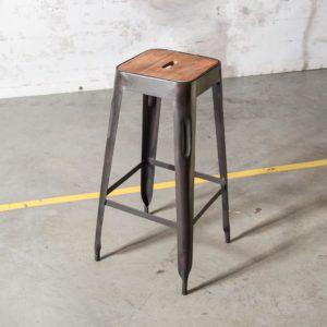 table industrielle quinzeavril. Black Bedroom Furniture Sets. Home Design Ideas